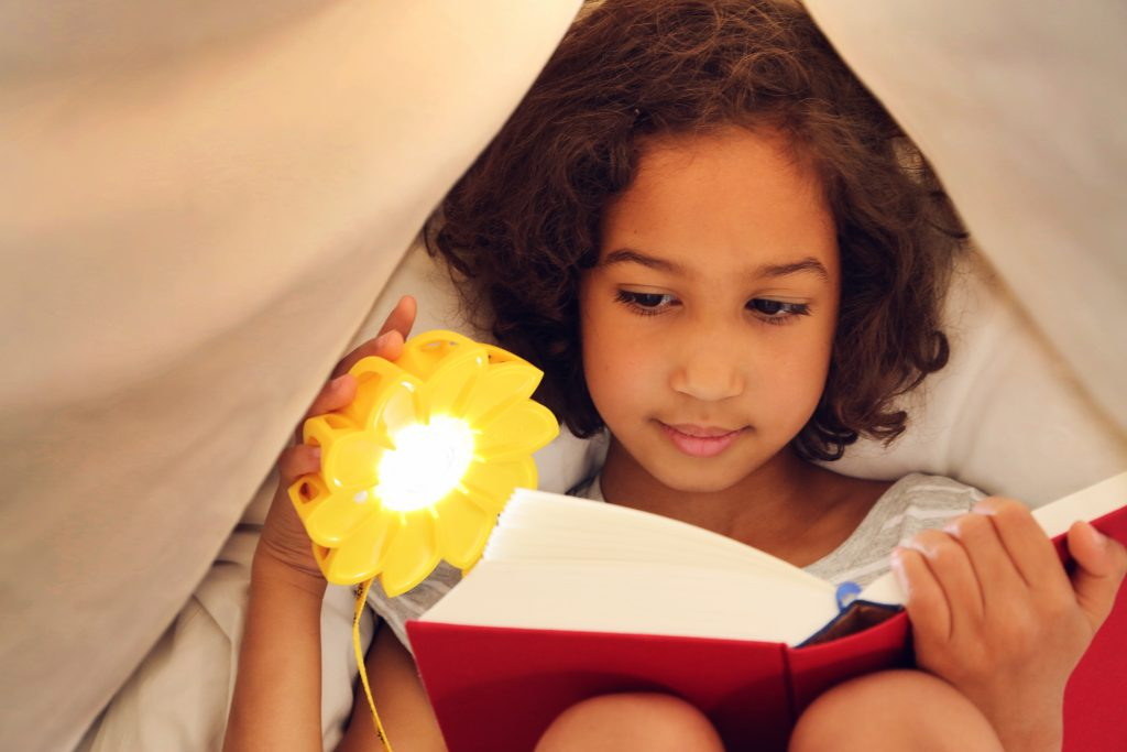 Little-girl-reading_credit-Franziska-Russo