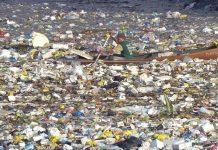 continents de déchets plastiques en Thaïlande