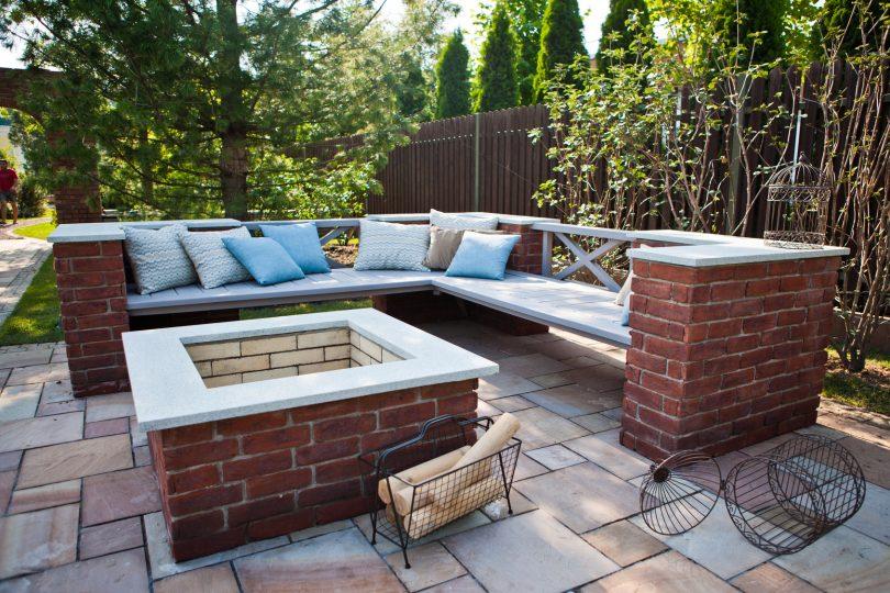 la chemin e de jardin parfaite pour l 39 hiver consofutur. Black Bedroom Furniture Sets. Home Design Ideas
