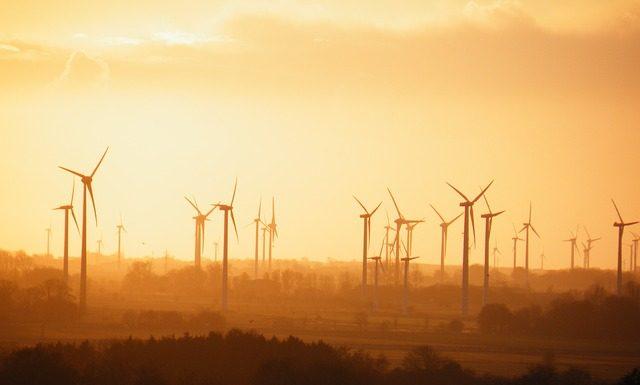 mix énergétique 100 % renouvelable éolien solaire hydraulique