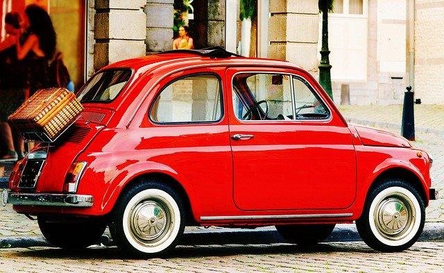 modèle vintage électrique fiat 500