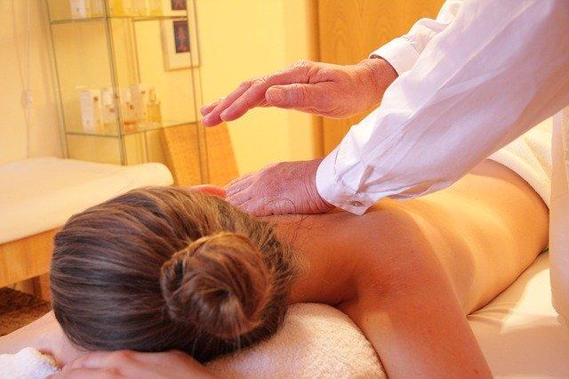 massage aux huiles essentielles