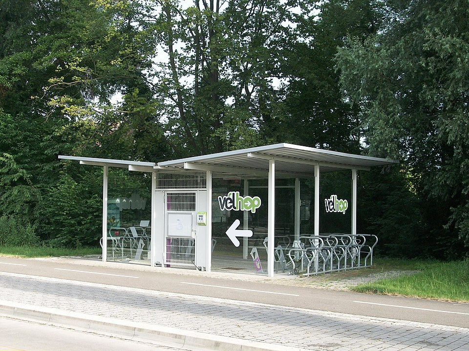 vélos parcs et parking vélos indispensables pour développer l'usage du vélo