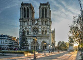 reconstruction cathédrale notre-dame de paris